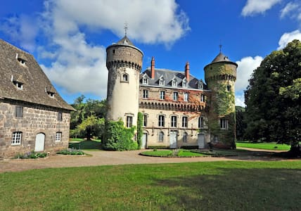 Castle of Sedaiges - Midi Suite - Bed & Breakfast