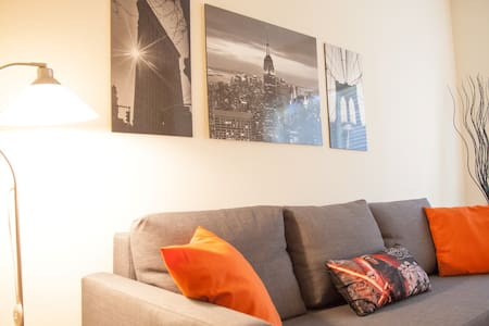 All New aptmt in 15 min to Times Square by subway! - Jersey City - Apartment