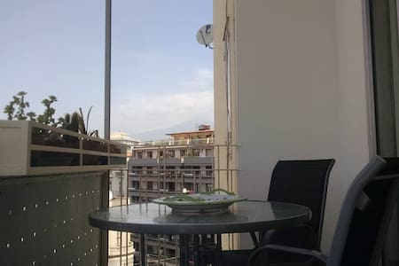Double Room and private bathroom in downtown - Catania - Lägenhet