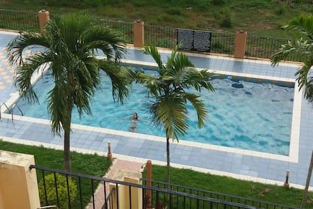 Apartamento amueblado 5m de la play - Boca Chica