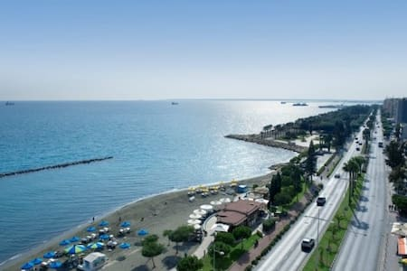 New Beach Flat Downtown Limassol