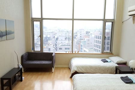 ★New★ Scenic Urban Studio Hongdae