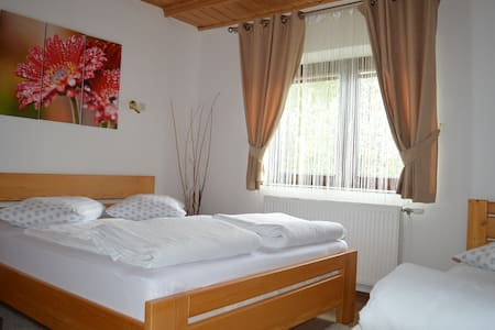Triple room near Plitvice Lakes - Bed & Breakfast
