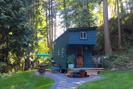 Tiny House on Guemes Island, WA. - Ev