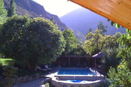 ROMANTIC 2BR Casita RIVER/MTN VIEWS - Hus