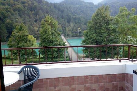 Splendido Bilocale sul lago - Apartment