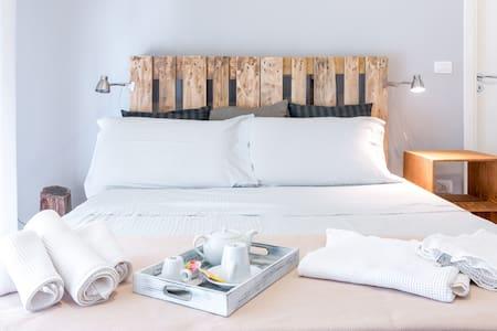 B&B The Apartment p.zza sant'oronzo - Bed & Breakfast