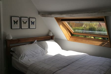 Double bedroom,East Meon, Hampshire - East Meon - Hus