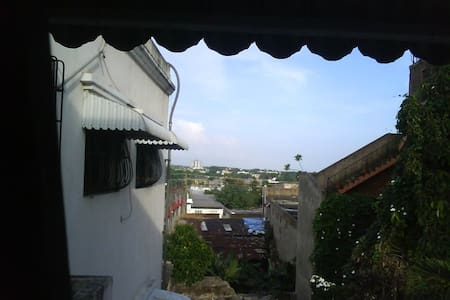 2 beds down town of zona colonial