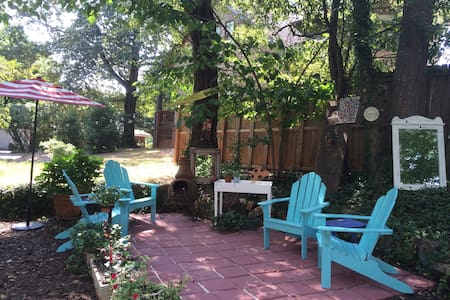 Charming Five Points Home - Athens - Hus
