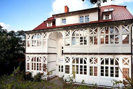 Wohnung 09 Villa Malepartus - Binz - Departamento