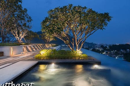 Luxury room & Roof top pool with Phuket city view - Wohnung