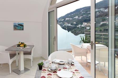 Le Perle d'Italia - Elba - Ravello - Bed & Breakfast