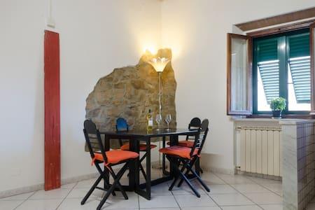 Comfortable apartment in very nice neighborhood - Piombino