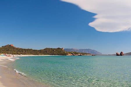 Rent Villa in Sardinia Og in Cea - Cea