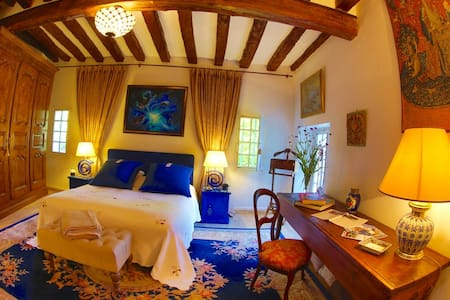 La chambre Tristan et Iseult - Houx - Bed & Breakfast
