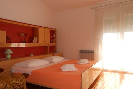 Room Jelena-room with breakfast/2 - Zadar - Bed & Breakfast
