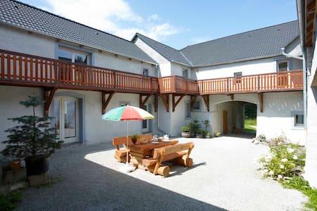 Romantic Bohemian Farm - House