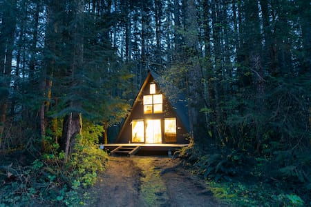 Tye Haus - A-Frame Cabin - Cottage