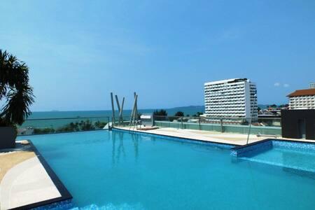 Jomtien beach Pattaya.