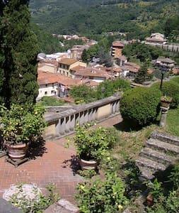 villa storica campagna toscana - Londa - Villa