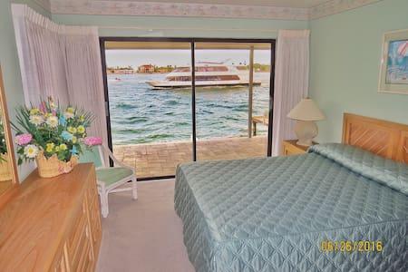 Waterfront bedroom and bathroom. - Tierra Verde - House