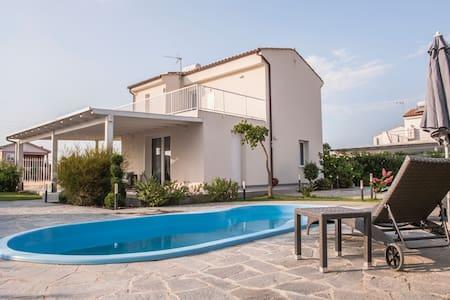 Villa a 2 passi dal mare di Cefalù - Maison