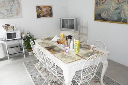 Accogliente b & b a Canneto s/Oglio - Canneto sull'Oglio - Bed & Breakfast