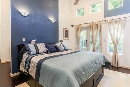 Austin Suite Spot