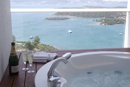 Stunning luxury penthouse in Bodrum
