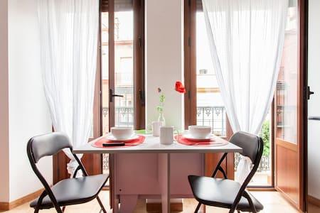 Apartamento de la O1 - Sevilla - Pis
