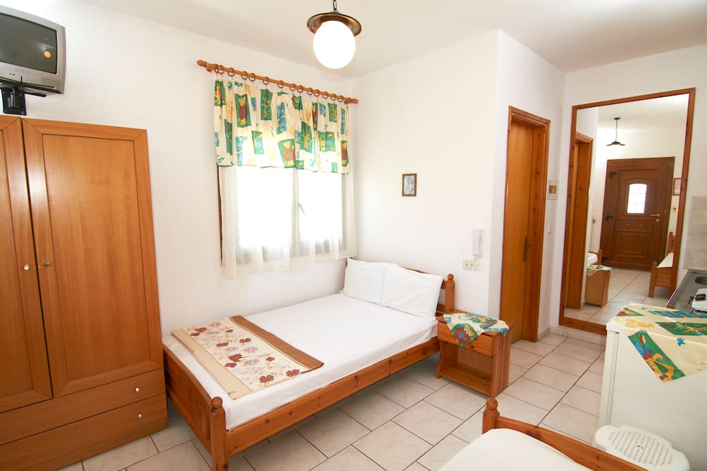 Room for up to 3 persons (4M)