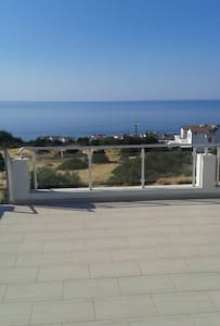 Apt: Stunning Sea & Mountain Views! - Esentepe - Διαμέρισμα