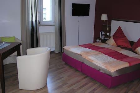 FeWo mitten im Zentrum von Plauen - Apartment