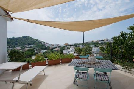 """il marinaio""apartment - Barano d'Ischia - Casa"