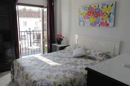 Apartment in Mijas Pueblo with Pool - Mijas - Appartement