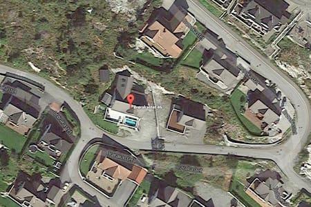80 kvm leilighet i Knarvik, Lindås. - Apartmen