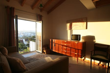 Renovated Apartment in Aljezur