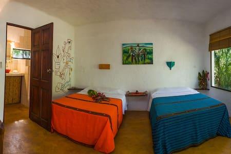 Mexican cabina at Mundo Milo Lodge