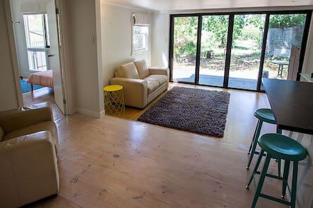 Natimuk Cafe Apartment - House