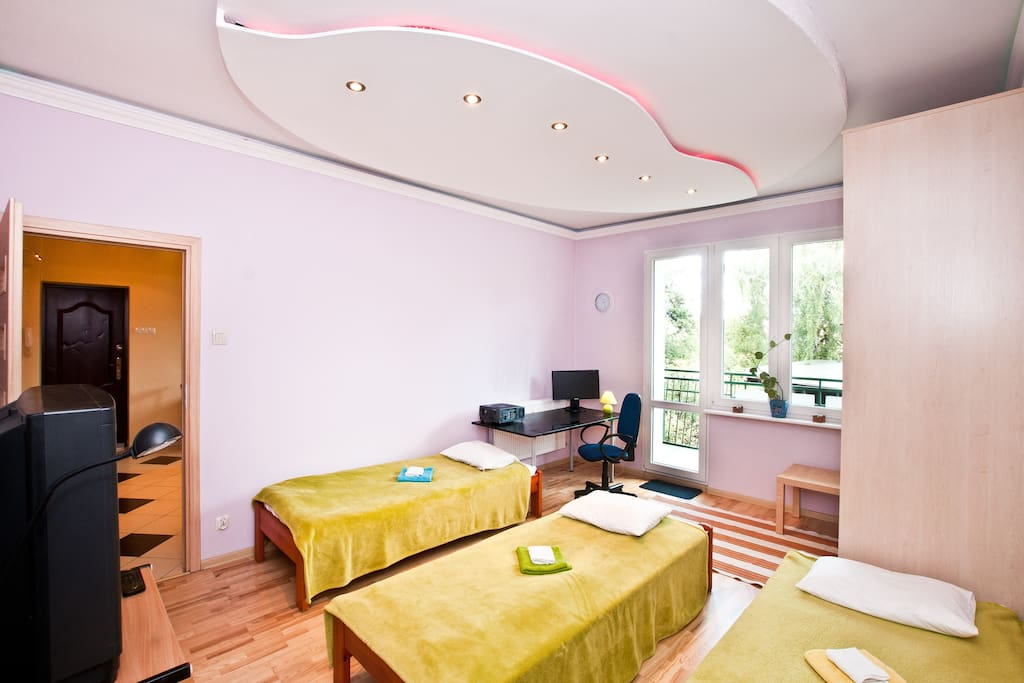 Original ceiling mood lighting. Any configuration of beds from 1 to 4 units