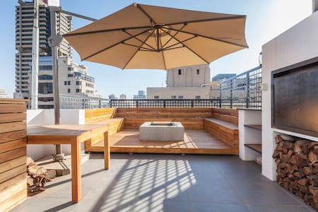 City Penthouse with rooftop hot tub, pool and deck - Johannesburg - Apartment
