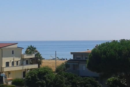 Appartamento con vista sul mare - Amendolara Marina - Apartment