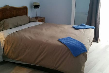Room for fun people - Sitges - Bed & Breakfast