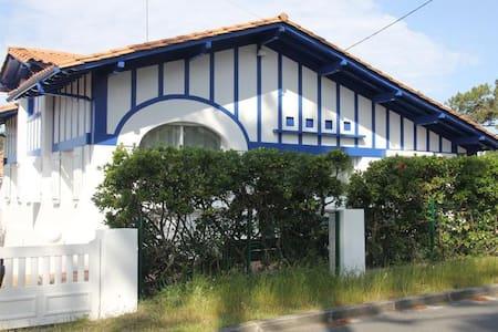 villa de  style basque charme au calme - Lege-Cap-Ferret - Villa