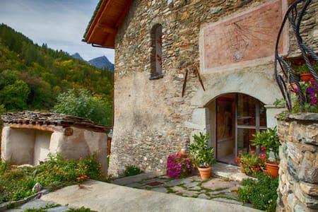 Villa in montagna (Valle maira) - Wohnung