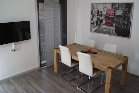 Modern apartment+GARAGE - central - Daire