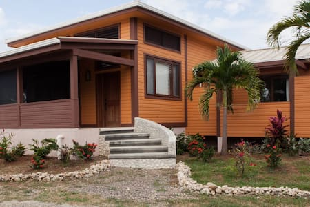 Hummingbird,peacefull and relaxing - Haus