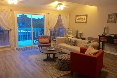 Spacious Townhome on Holiday Isle! - Destin - Townhouse