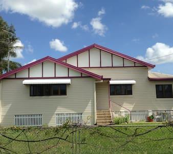 Parkside Guesthouse - Maison